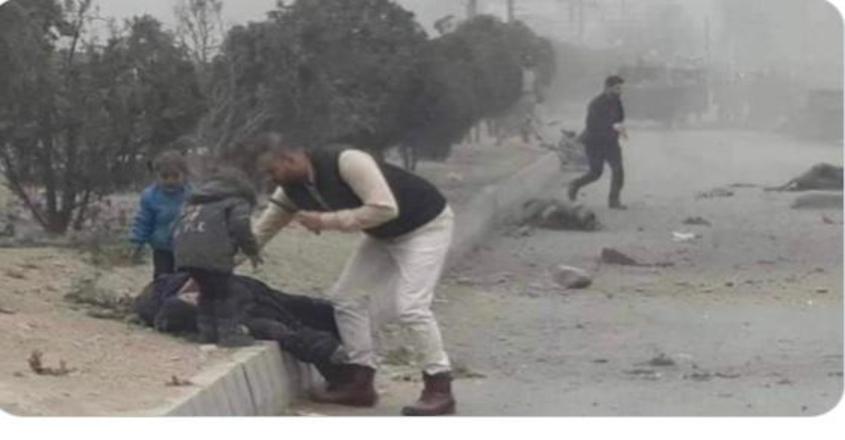 kabul-attack--video-of-crying-children-near-lying-mother-shocks-world